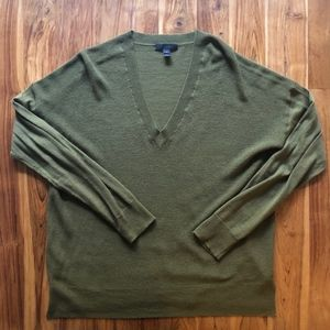 J. Crew Olive V-Neck Sweater Size Medium